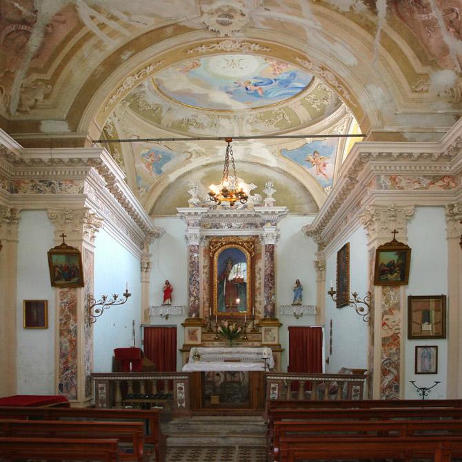 chiesa lavina